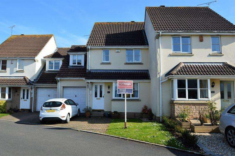 3 Bedrooms Terraced House for sale in Quiet and peaceful cul de sac in Langford