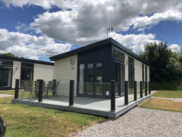 2 Bedrooms Lodge Character Property for sale in OBS Pure Innovation South Lakeland Leisure Village, Borwick Lane, Carnforth, LA6