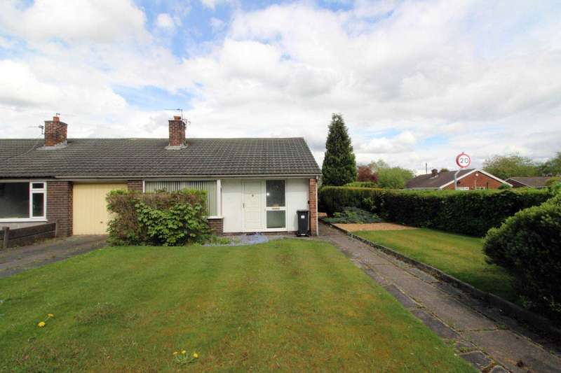 3 Bedrooms Semi Detached Bungalow for sale in Radcliffe Road, Bolton