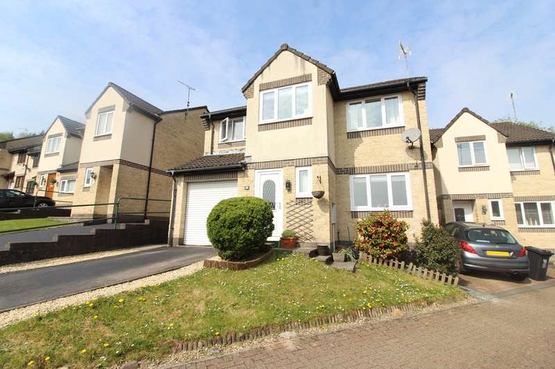 4 Bedrooms Detached House for sale in Violet Walk, Rogerstone, Newport, NP10