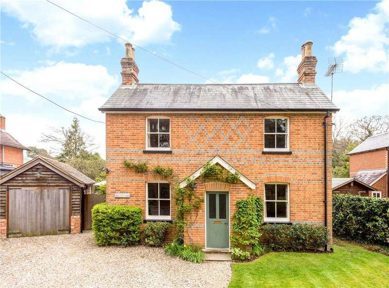4 Bedrooms Detached House for sale in Soke Road, Silchester, Reading, Hampshire, RG7
