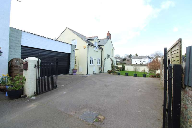 3 Bedrooms Detached House for sale in Isca Road, Caerleon, Newport, NP18
