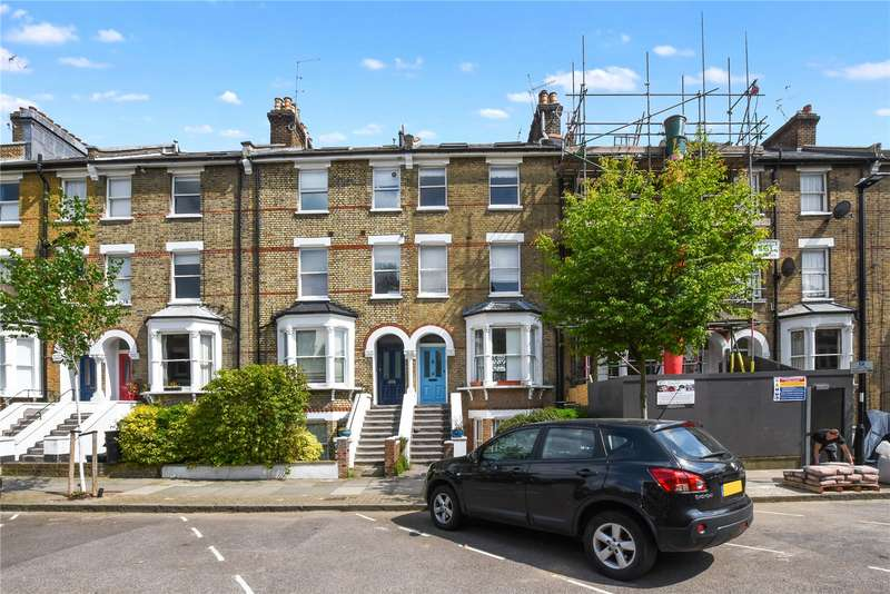 3 Bedrooms Flat for sale in Huddleston Road, London, N7