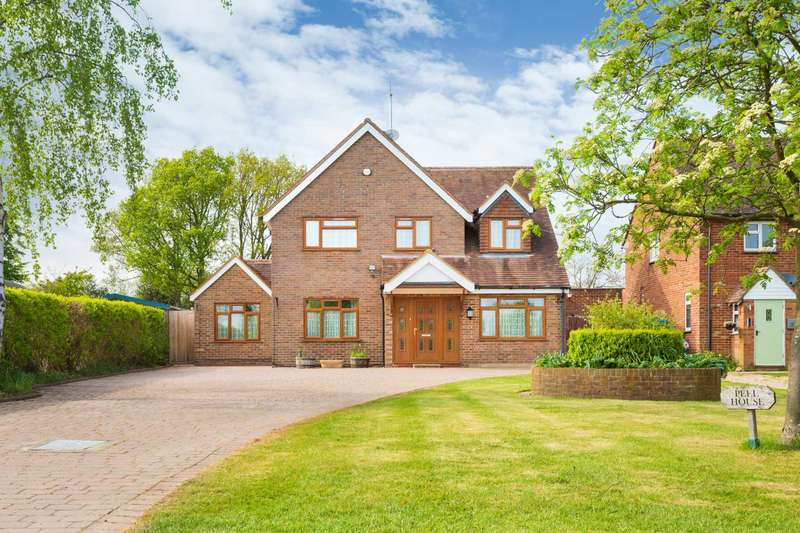 5 Bedrooms Detached House for sale in Church Road, Little Gaddesden