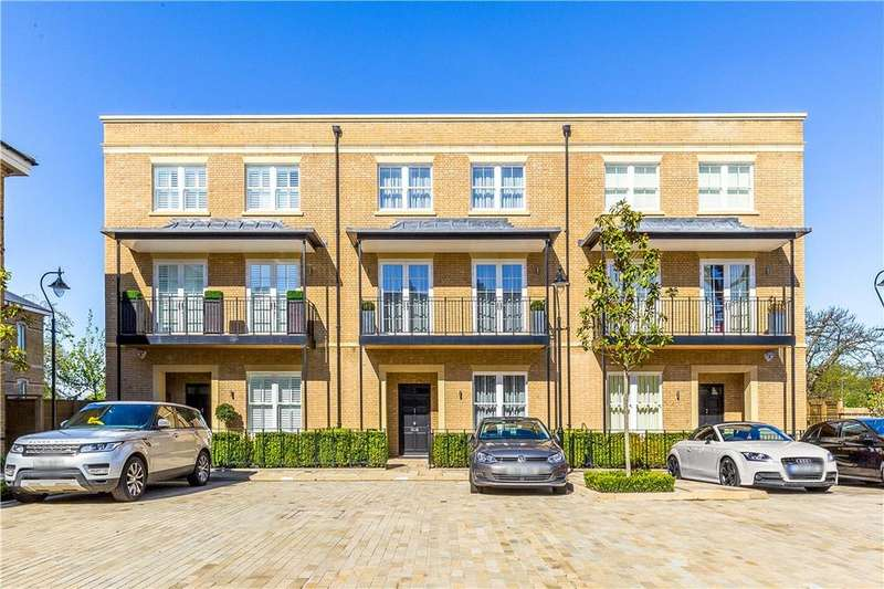 4 Bedrooms Terraced House for sale in Crawford Mews, Wimbledon Hill Park, Wimbledon, London, SW20