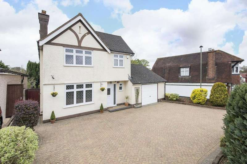 4 Bedrooms Detached House for sale in The Grove, West Wickham, BR4