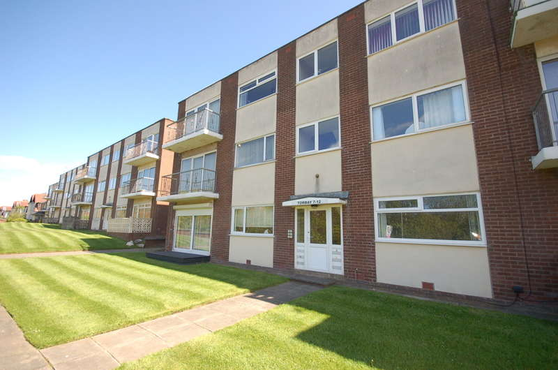 2 Bedrooms Ground Flat for sale in Devonshire Road, Blackpool