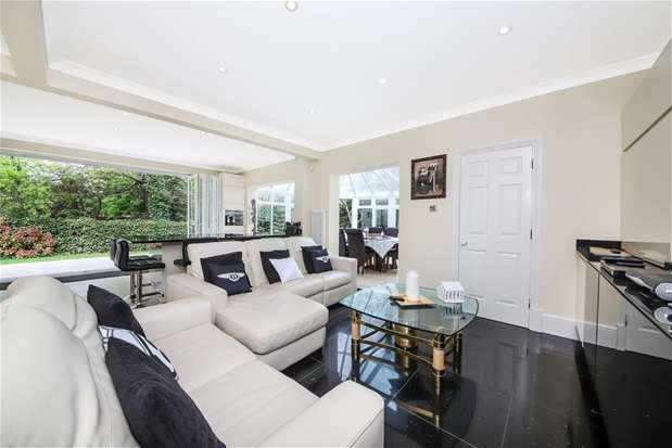 5 Bedrooms Detached House for sale in Hambledon Place, Dulwich