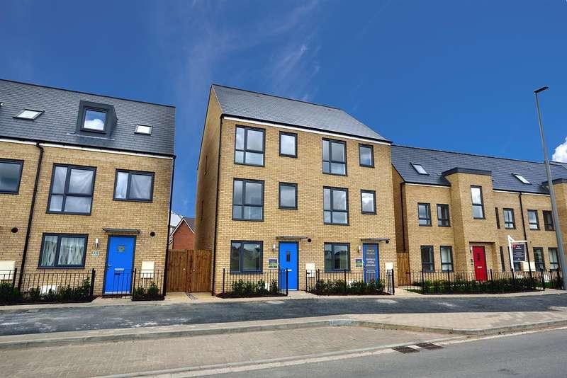 4 Bedrooms Property for sale in Fen Street, Brooklands, Faversham, Milton Keynes