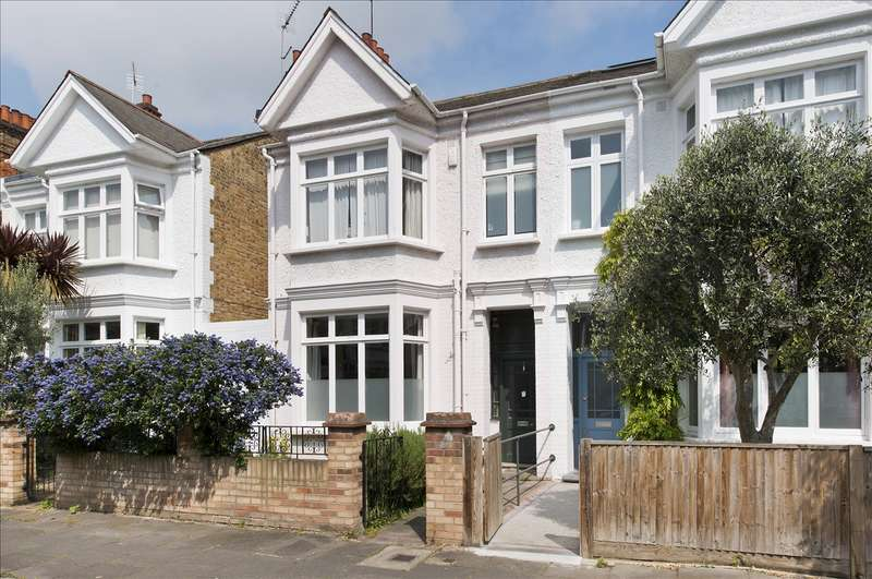 3 Bedrooms End Of Terrace House for sale in Aldbourne Road, Shepherd's Bush