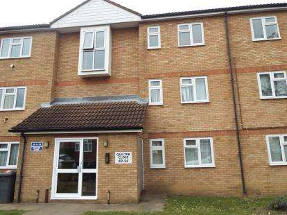 2 Bedrooms Flat for sale in Quilter Close, Luton, Bedfordshire