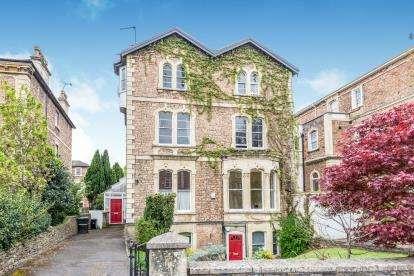 3 Bedrooms Flat for sale in Pembroke Road, Clifton, Bristol, Somerset