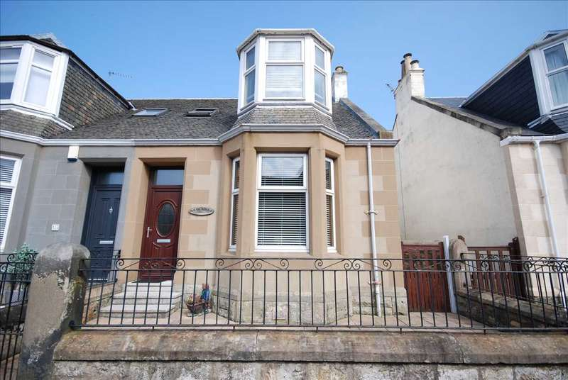 3 Bedrooms Semi Detached House for sale in Argyle Road, Saltcoats