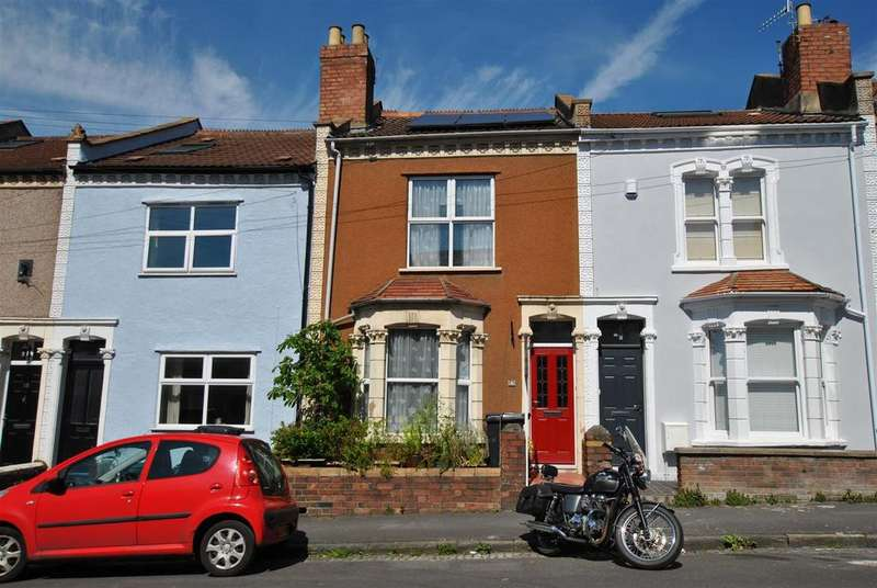 2 Bedrooms Terraced House for sale in Dunkerry Road, Windmill Hill, Bristol