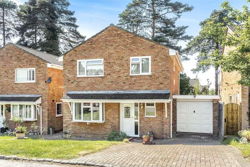 4 Bedrooms Detached House for sale in Harvard Road, Owlsmoor, Sandhurst, Berkshire, GU47