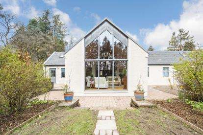 3 Bedrooms Detached House for sale in Westoun Steadings, Coalburn