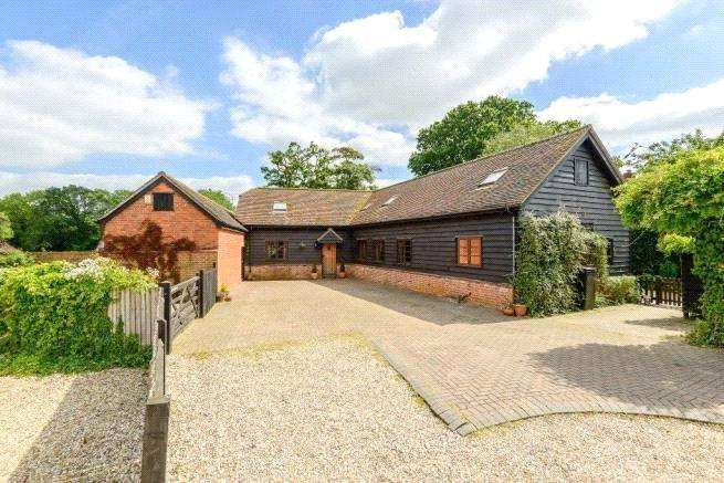 5 Bedrooms Detached House for sale in Little London, Tadley, Hampshire, RG26