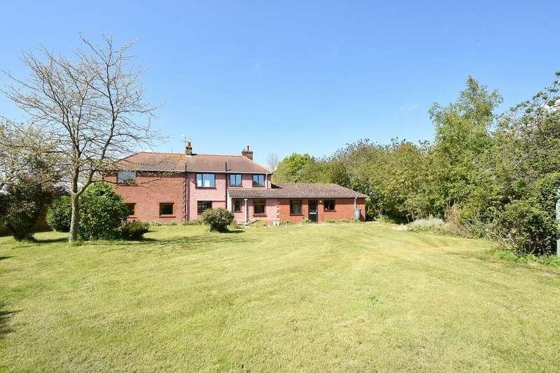 4 Bedrooms Detached House for sale in Capel Road, Bentley, Ipswich, IP9 2DL