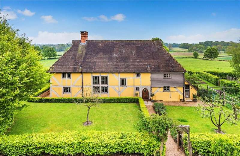 5 Bedrooms Detached House for sale in Rosemary Lane, Alfold, Cranleigh, Surrey, GU6
