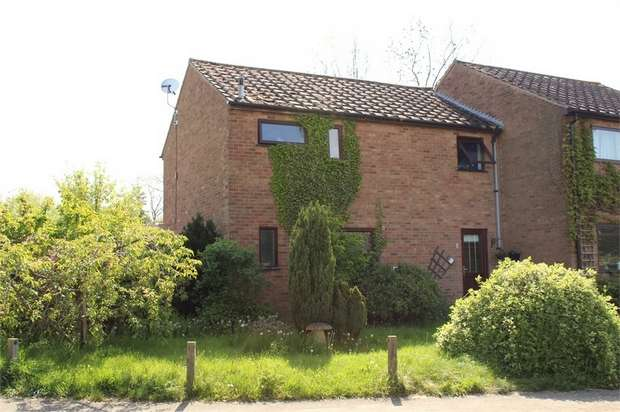 3 Bedrooms Semi Detached House for sale in Walton