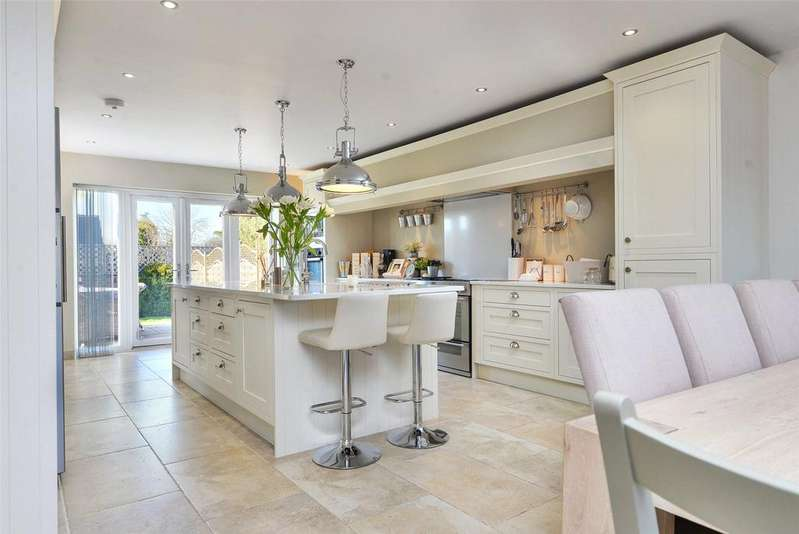 4 Bedrooms Detached House for sale in Sutton Bonington, Loughborough