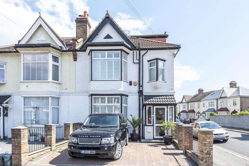 5 Bedrooms Semi Detached House for sale in Thornsbeach Road, Catford