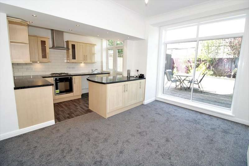 3 Bedrooms Semi Detached House for sale in Mayfair Road, Marton, FY1
