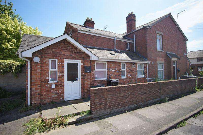 3 Bedrooms Block Of Apartments Flat for sale in Tredworth Road, Gloucester
