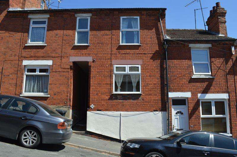 3 Bedrooms Terraced House for sale in Bernard Street, Lincoln