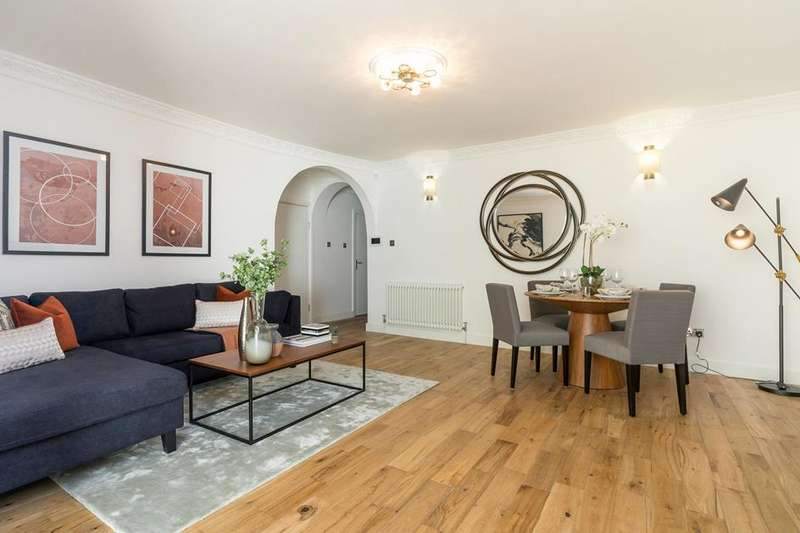 3 Bedrooms Flat for sale in Hornsey Rise, Hornsey, London, N19