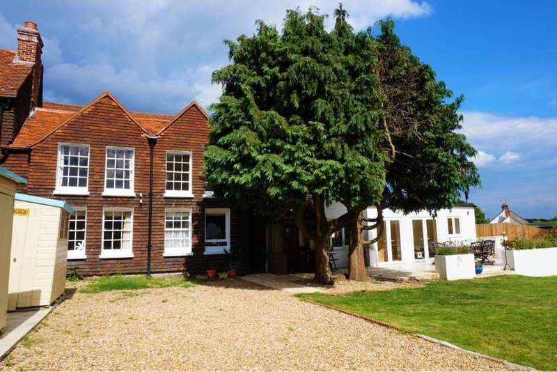 4 Bedrooms Semi Detached House for rent in Beech Hill Road, Beech Hill, Reading, Berkshire, RG7