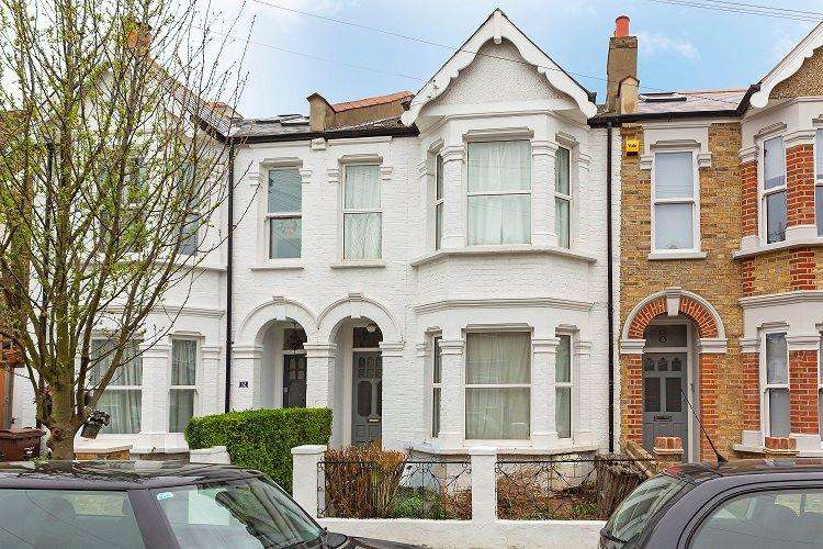 4 Bedrooms Terraced House for sale in Park Road