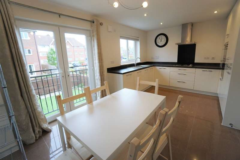 6 Bedrooms Town House for rent in Sharples Close, Cheswick Village