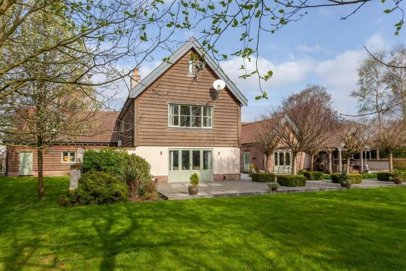 5 Bedrooms Detached House for sale in Scoulton