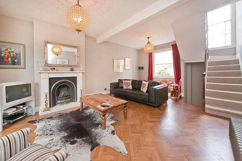 3 Bedrooms Terraced House for sale in Leighton Road, Kentish Town, NW5