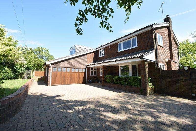 4 Bedrooms Detached House for sale in Sharpenhoe Road, Streatley