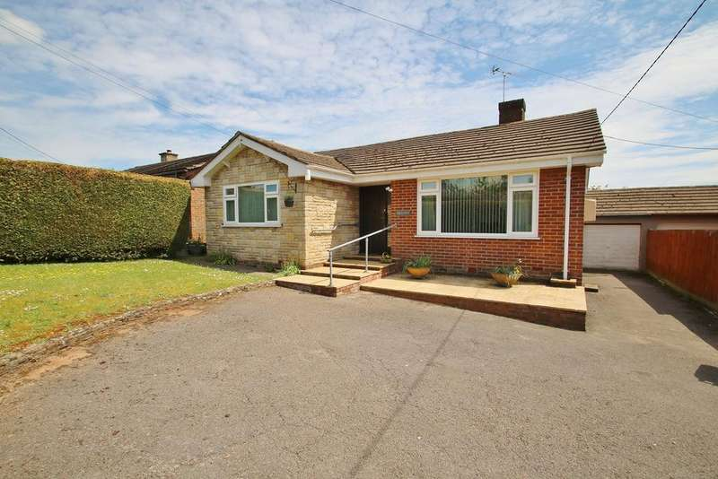 3 Bedrooms Detached Bungalow for sale in New Road, Bream, Lydney, GL15