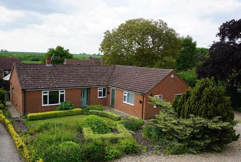 3 Bedrooms Detached Bungalow for sale in Southfield Place, Horncastle