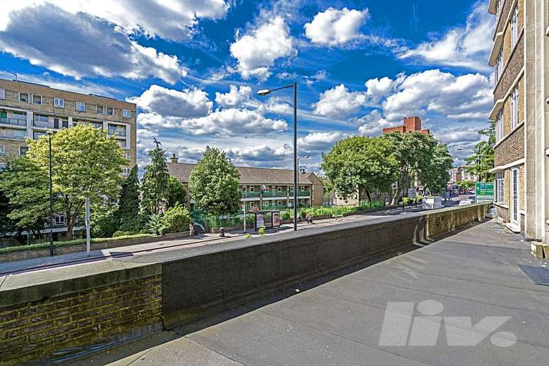 4 Bedrooms Flat for sale in Regency Lodge, Adelaide Road, Swiss Cottage, NW3