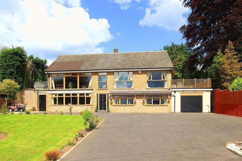 5 Bedrooms Detached House for sale in CLAVERLEY, Long Common