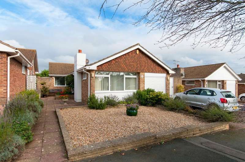 3 Bedrooms Bungalow for sale in Belgrave Crescent, Seaford, East Sussex, BN25 3AX