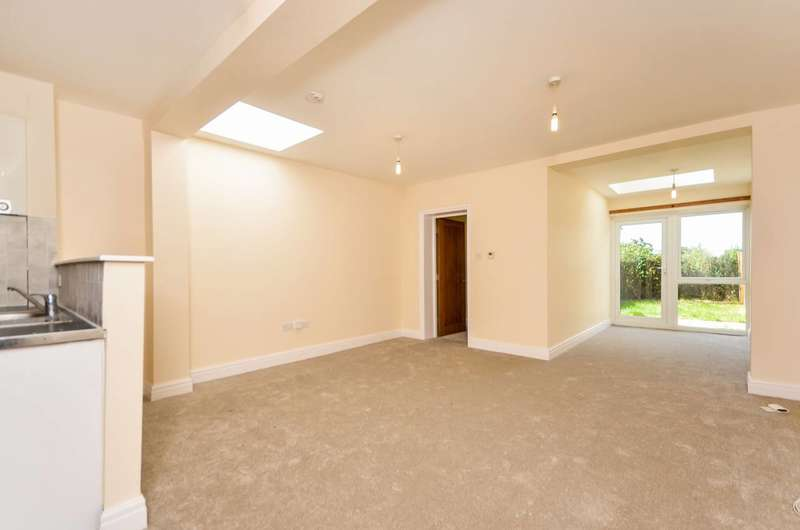 2 Bedrooms Flat for sale in Spa Hill, Crystal Palace, SE19