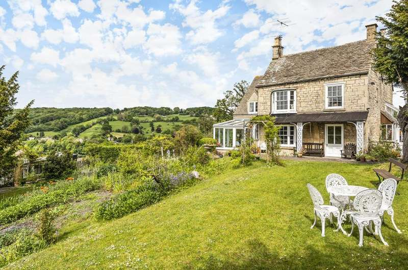5 Bedrooms Detached House for sale in Walls Quarry, Burleigh, STROUD, GL5