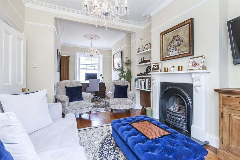 3 Bedrooms Terraced House for sale in Dartmouth Hill, London, SE10