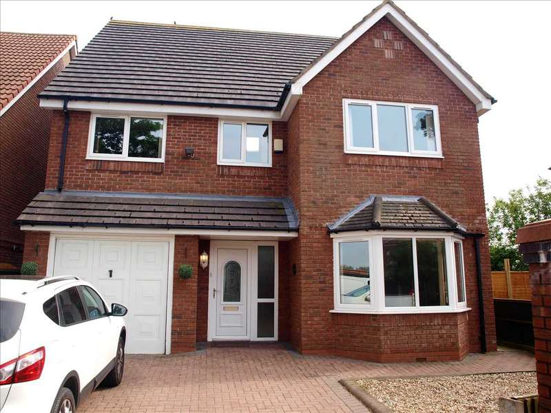 5 Bedrooms Detached House for sale in Moss Gardens, Southport