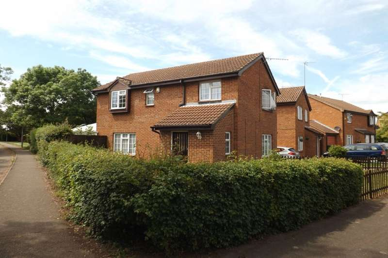 4 Bedrooms Detached House for sale in Bridgeman Drive, Houghton Regis, Dunstable, LU5