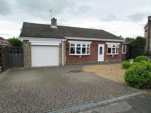 3 Bedrooms Detached Bungalow for sale in NORTH CLOSE, ELWICK, HARTLEPOOL AREA VILLAGES