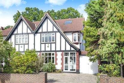 5 Bedrooms Semi Detached House for sale in Copse Avenue, West Wickham