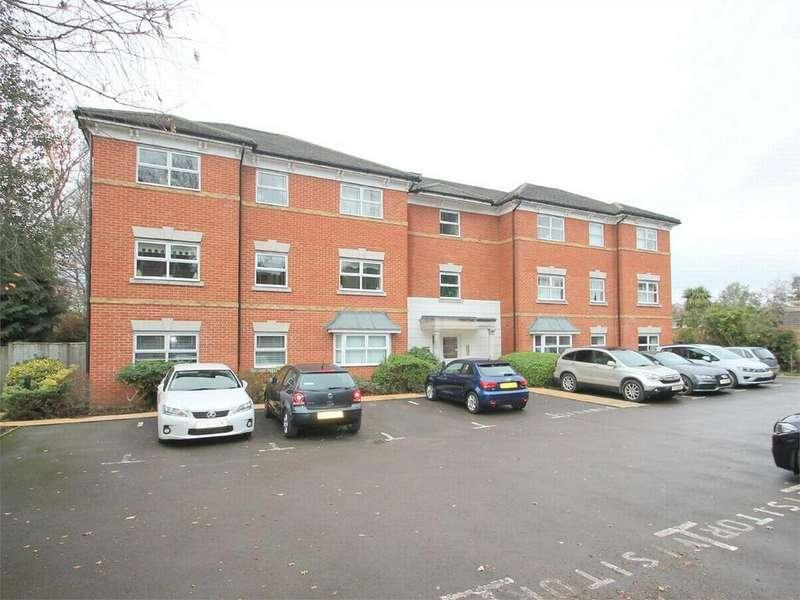 2 Bedrooms Flat for rent in Gordon Crescent, Camberley, Surrey
