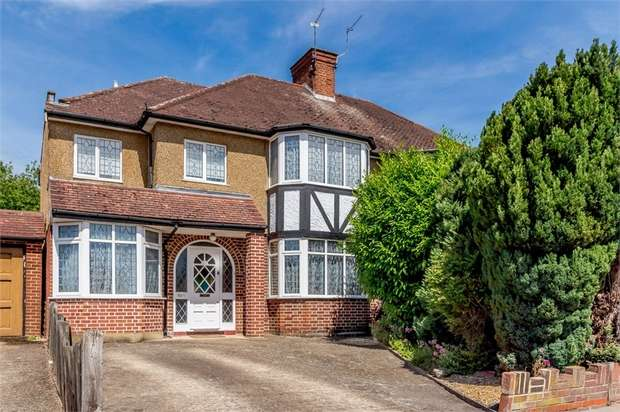 4 Bedrooms Semi Detached House for sale in Tudor Avenue, Watford, Hertfordshire